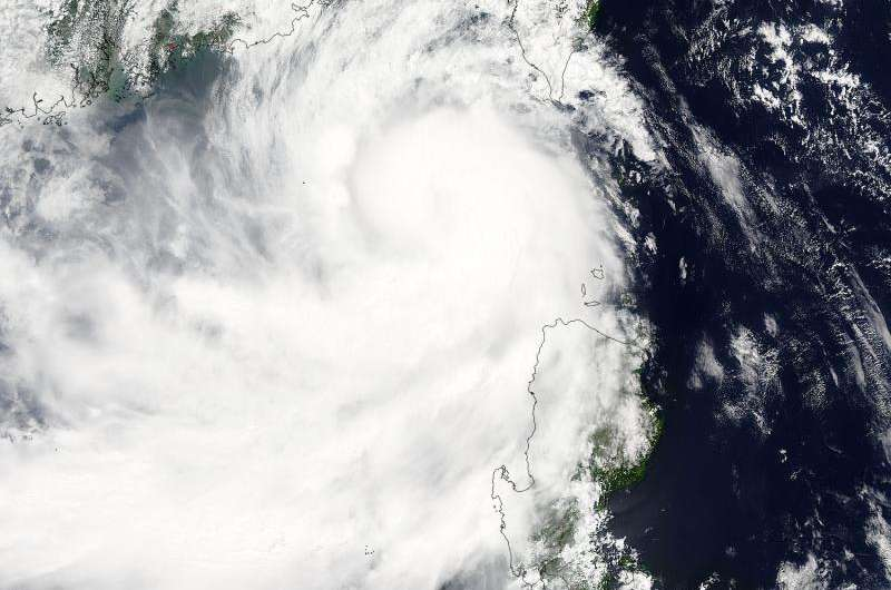 NASA sees Tropical Storm Linfa netween Taiwan and northern Philippines