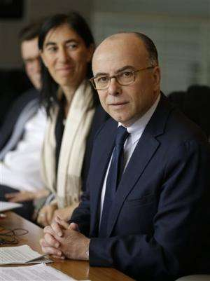 French minister meets with Google, Facebook, Twitter