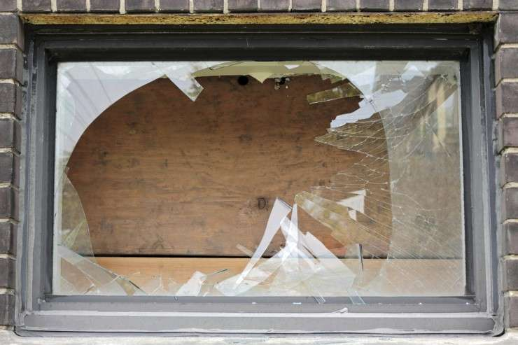 New research challenges 'broken windows theory' of crime prediction