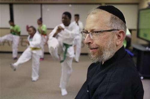 US martial arts program helps kids manage cancer pain