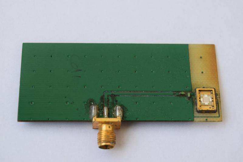 New understanding of electromagnetism could enable 'antennas on a chip'