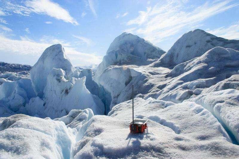 Backward-moving glacier helps scientists explain glacial earthquakes