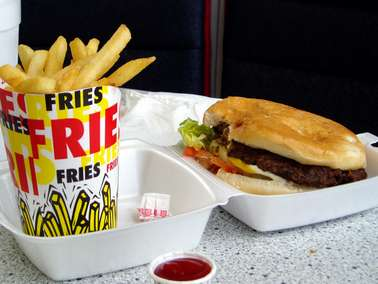 Research finds income, education affect calorie menu use