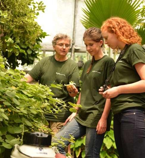 Researchers seek to preserve earth's genomic plant diversity