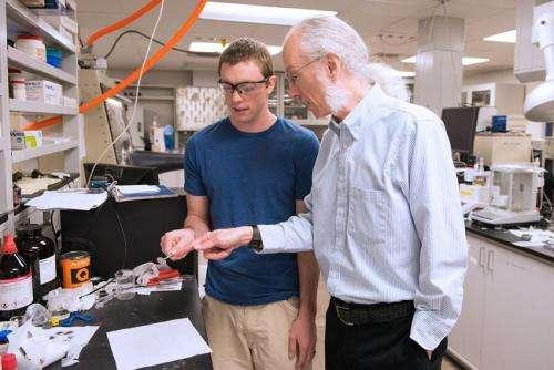 Researchers explore longer life cycle for batteries