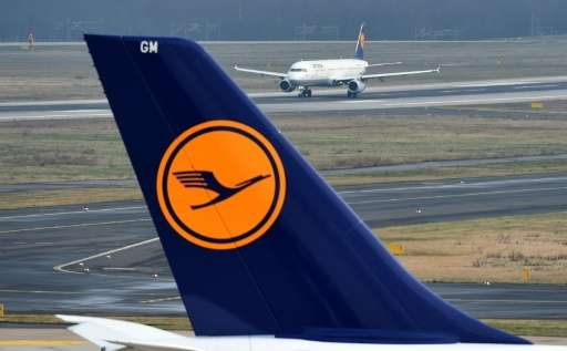 A drone passed within 100 metres of a Lufthansa plane landing at Warsaw airport, Poland's air navigation agency said