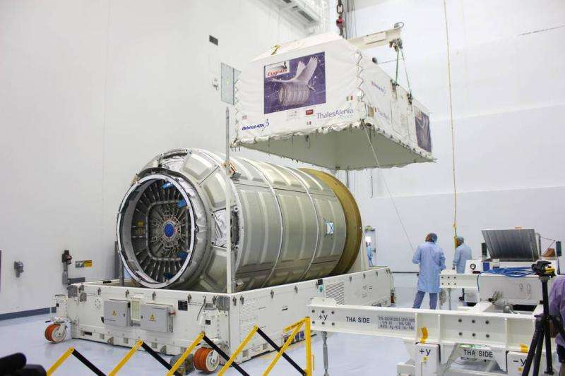 Commercial Cygnus freighter arrives at Kennedy