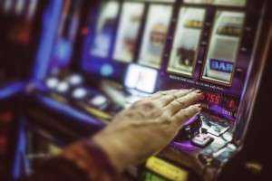 Committing the 'gamblers fallacy' may be in the cards, new research shows