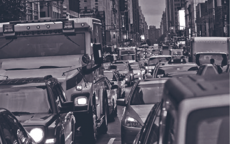 Economist explains how traffic flows like water and how congestion tolls can help commuters