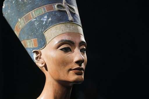 Egypt invites expert behind new theory on Nefertiti's tomb