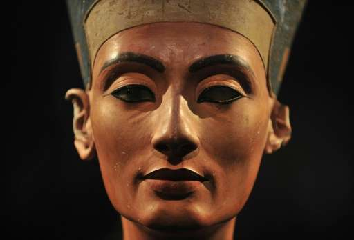 Egyptologist Nicholas Reeves thinks Queen Nefertiti's tomb may be a secret chamber joined to that of her son in the Valley of th
