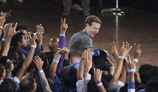 Facebook CEO defends effort to expand Internet access