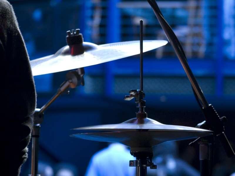 Fractals patterns in a drummer's music