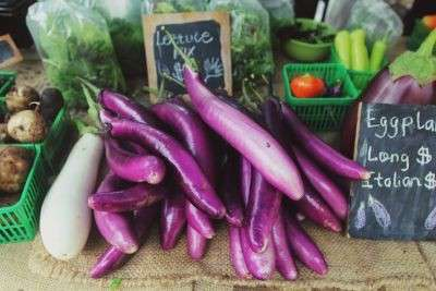 Fresh and local is in, organics is out for farmer's market shoppers