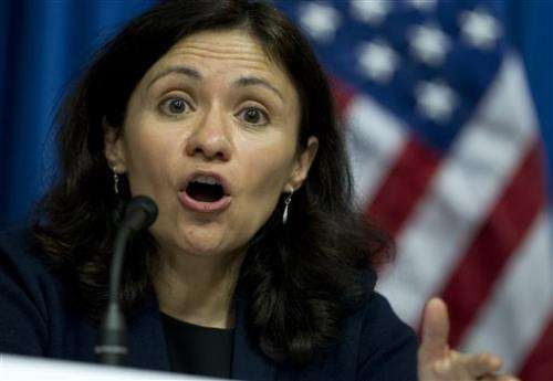 FTC chief says gadget industry must prioritize privacy