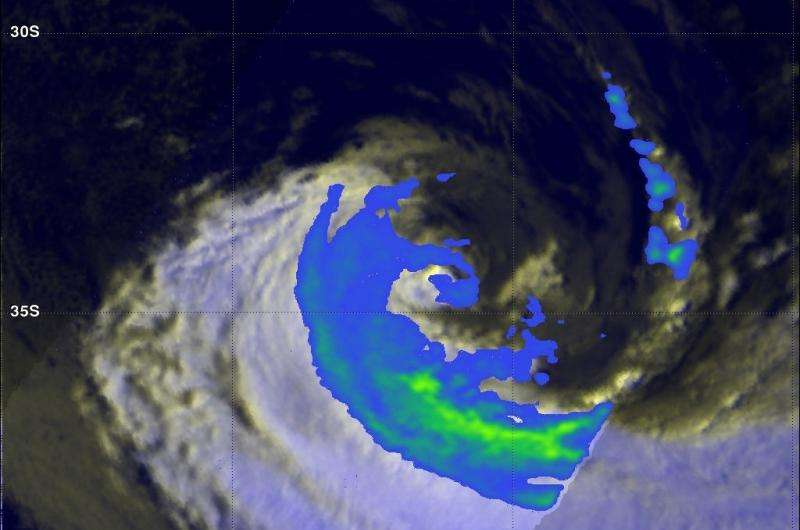GPM sees wind shear affecting remnants of Extra-tropical Cyclone Joalane