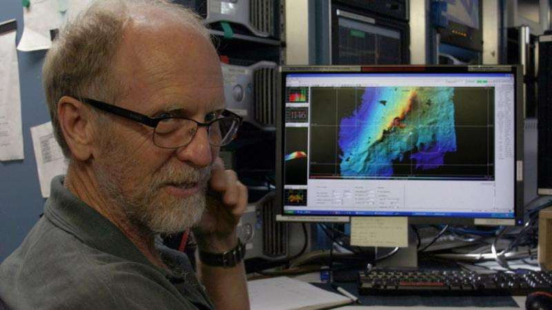 How the Earth's Pacific plates collapsed