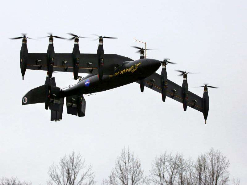 Image: Ten-engine electric plane prototype takes off