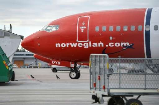 Low-cost operator Norwegian Air Shuttle topped carriers ranked in a fuel-efficiency study released November 17, 2015