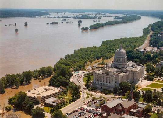 Major Midwest flood risk underestimated by as much as five feet, study finds