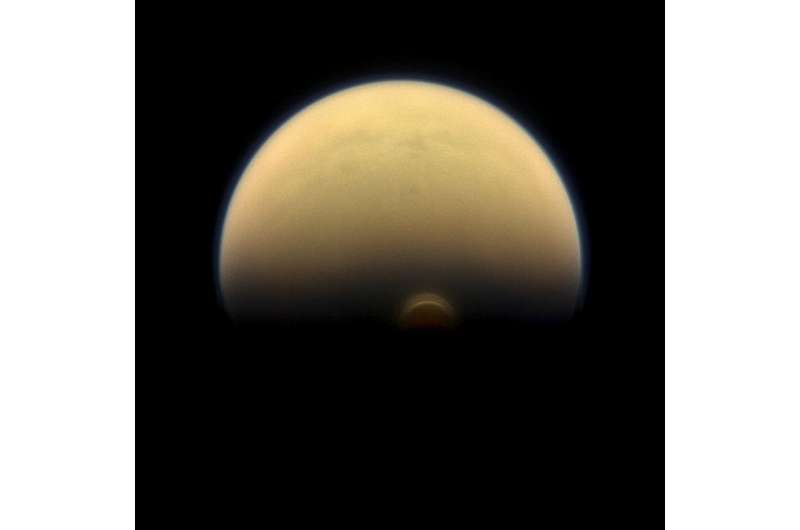 NASA's Cassini finds monstrous ice cloud in Titan's south polar region