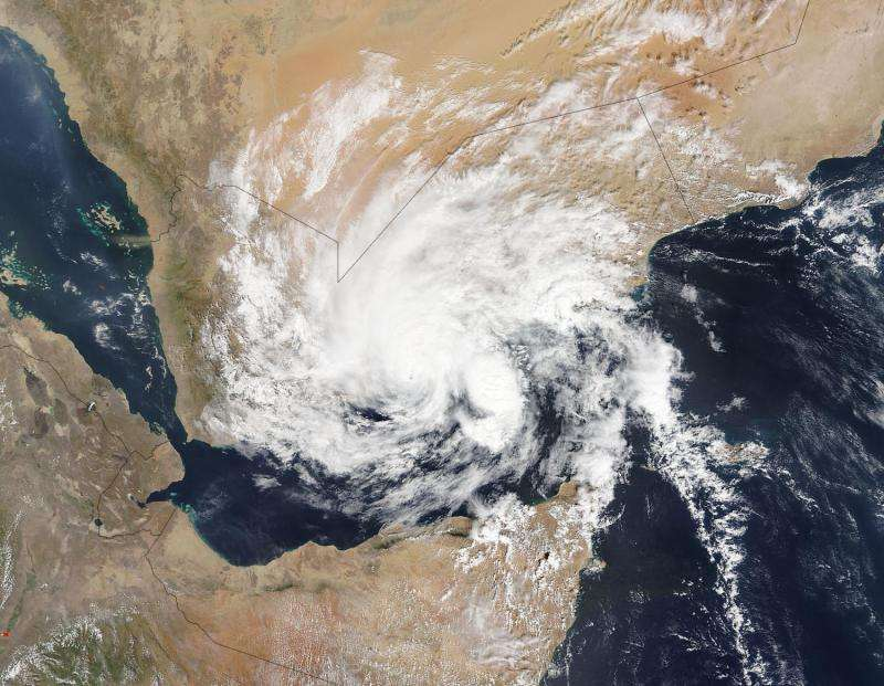 NASA sees first land-falling tropical cyclone in Yemen