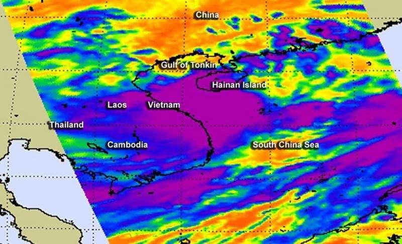 NASA sees the wind shear affecting Tropical Storm Kujira