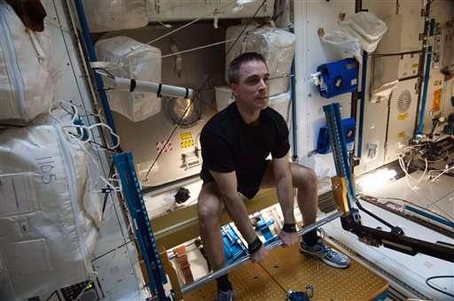 Report: NASA needs better handle on health hazards for Mars