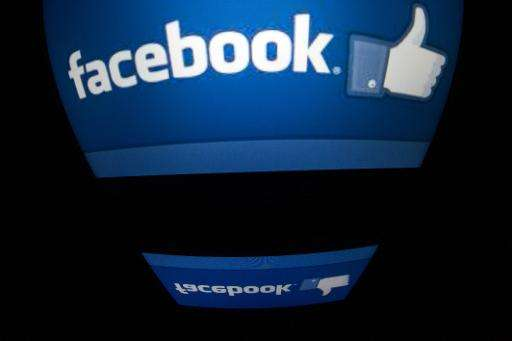 Social media networks like Facebook are not putting users in an ideological information bubble, despite fears to the contrary, a