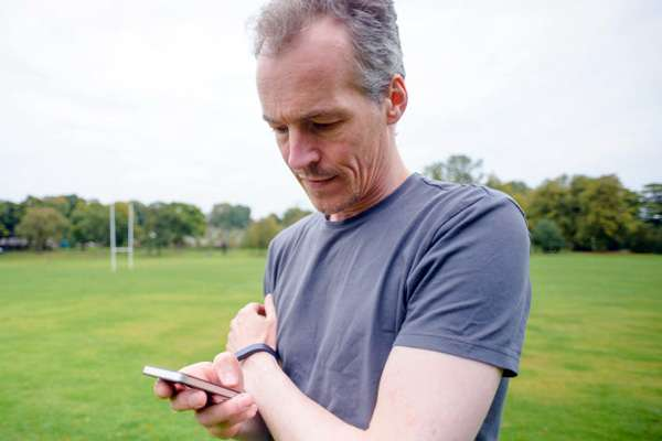 Stuck in traffic? These pedometer apps think you're walking