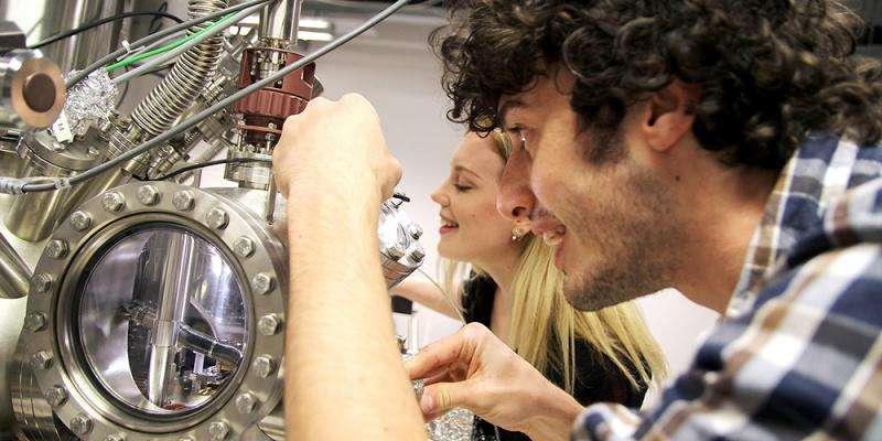 Super graphene can help treat cancer