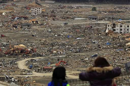 Tsunami-vulnerable towns grapple with how to save lives