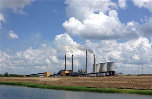 US carbon pollution from power plants hits 27-year low