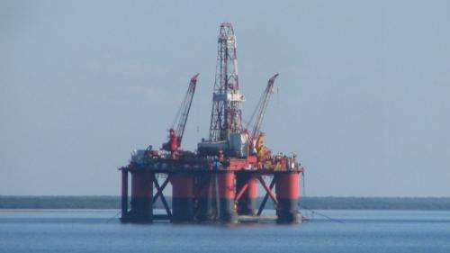 Water jets help mobile oil rigs move on