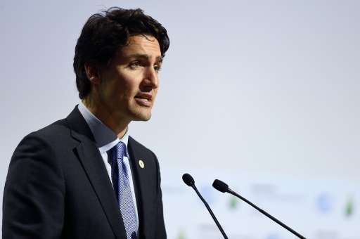 Canadian Prime Minister Justin Trudeau announced the introduction of a national minimum carbon price in 2018