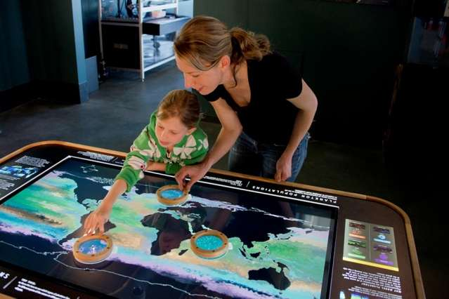 Computing the ocean's true colors