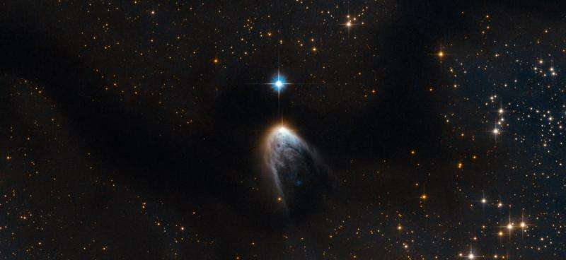 Image: Stellar object IRAS 14568-6304 ejects gas across 180 light years