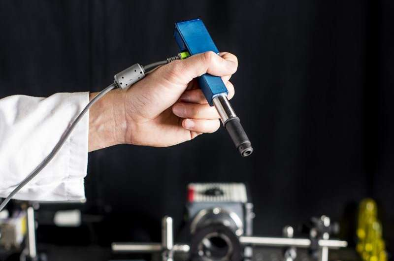 New pen-sized microscope could ID cancer cells in doctor's offices and operating rooms
