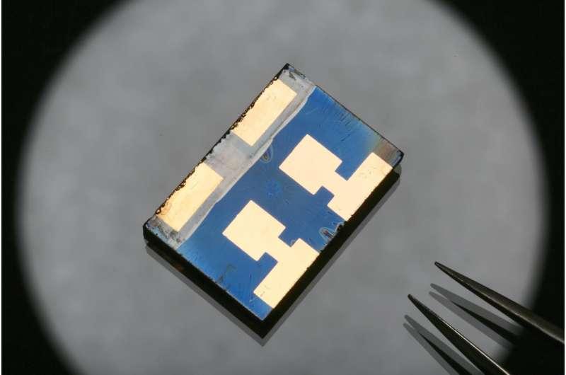 Perovskite solar cells surpass 20 percent efficiency