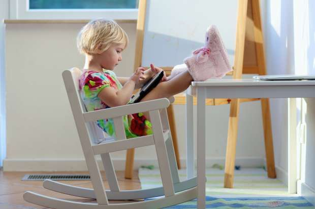 Touchscreens may boost motor skills in toddlers