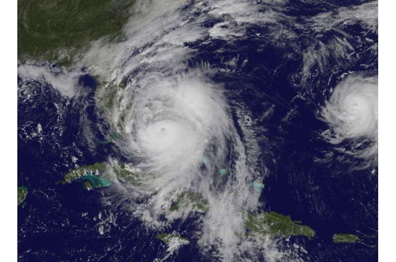 NASA sees Hurricane Matthew regain Category 4 status
