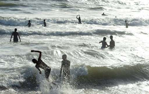 Environmentalists believe Sri Lanka needs to make urgent changes to ensure the tourism industry survives long term
