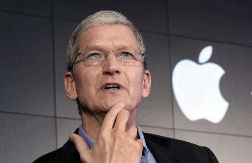 Apple chief Tim Cook picked to give MIT commencement speech