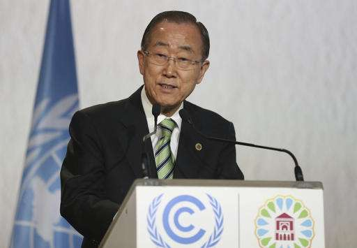 Hollande: US must respect 'irreversible' climate deal