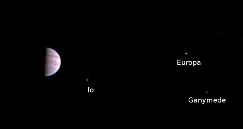 Juno spacecraft sends first in-orbit view