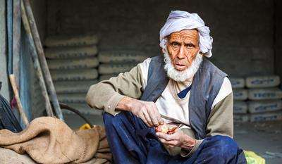 Research examines rights of older people in Pakistan