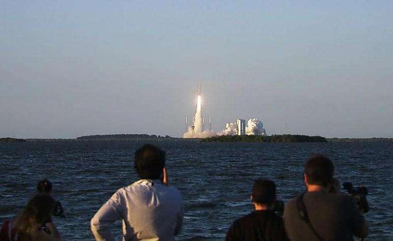 NASA's OSIRIS-REx speeds toward asteroid rendezvous