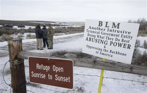 4,000 artifacts stored at Oregon refuge held by armed group