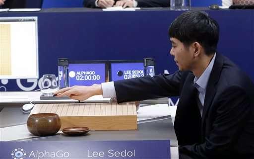 Human Go champ says machine not superior despite 1:4 defeat
