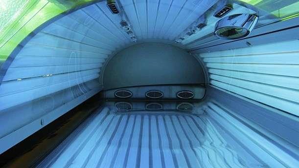 Melanoma expert discusses dangers of indoor tanning